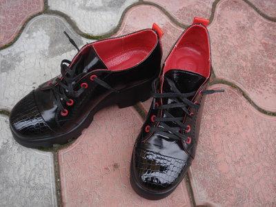 Продано: Туфли женские. S-63. натуральная кожа.
