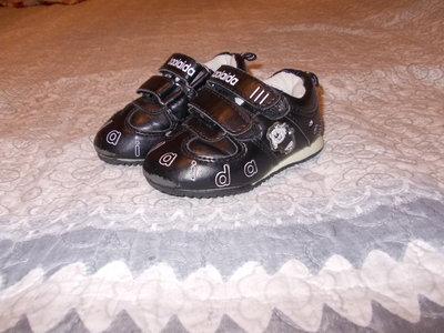 Кросівки на зовсім маленького хлопчика