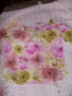 Шита блузочка, не ношена 44-46