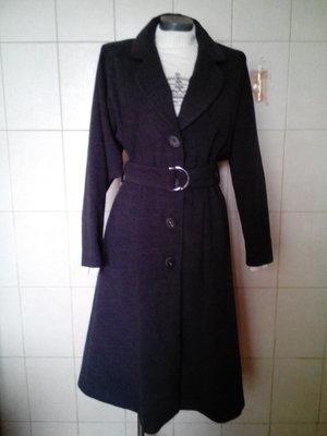 качественное,шерстяное 80%шерсти ,теплое демисезонное пальто ART, под пояс,красивого мышиного цвета
