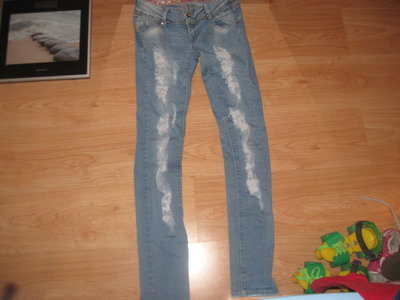 Рваные джинсы 8-12р