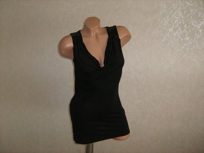 Туника с паетками на плечах, фирменная, размер 44-46