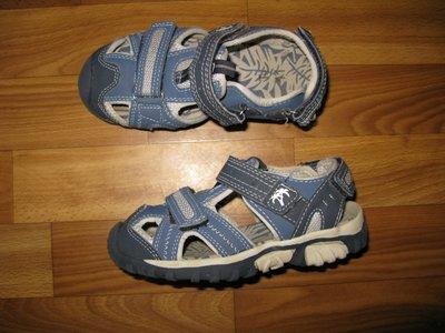 фирменные сандали и мокасины мальчику размер 28-29
