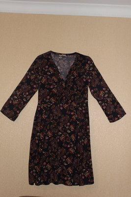 Красивое стильное платье TU