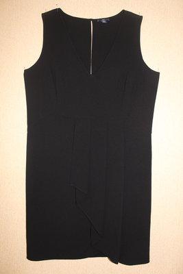 Маленькое чёрное платье Gap