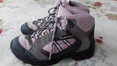 Ботинки деми Quechua. Термо. Размер 35 стелька 22,5 см .