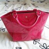 Крутая новая лаковая сумочка Laura Ashley