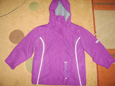 Деми. курточка для девочки р.116