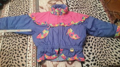 Детская курточка на девочку, 5-6 лет