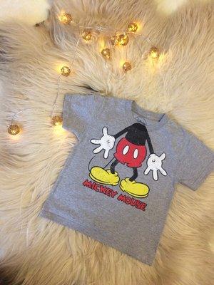 Футболочка Disney Mickey Mouse 4-6 годика в идеале