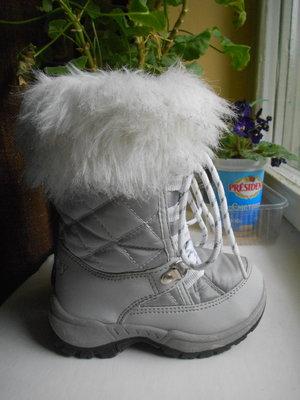 Теплые высокие ботиночки 26-27р-р