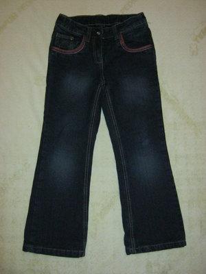 детские джинсы на подкладке тканевой в наличии. на 6-7 лет