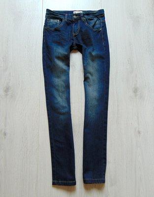 Стильные джинсы для девочки. Отличный деним. Ai-Girl. Размер 10-11 лет.