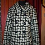 Цену снизила Пальто короткое, полупальто гусиная лапка р. 48-50