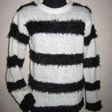 На 8-9 лет Модный свитер George девочке