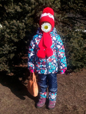 зимняя шапка с мини маус