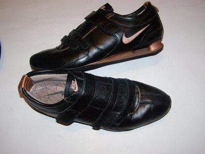 рр 40 - 25,5 см стильные кроссовки Nike кожа