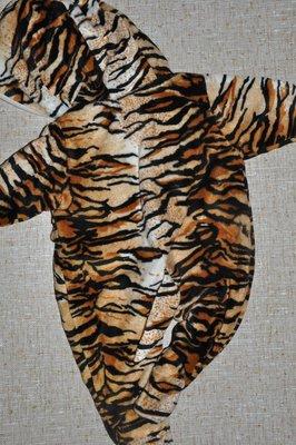 Теплый комбенизон на маленького тигрлю