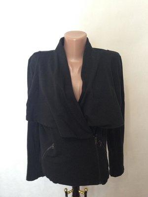 Стильный трикотажный пиджак косуха New York & company