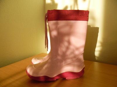 Резиновые сапоги девочке 32 размер Италия