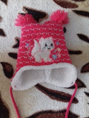 Продано: Детская шапочка на девочку 2 - 3 года.