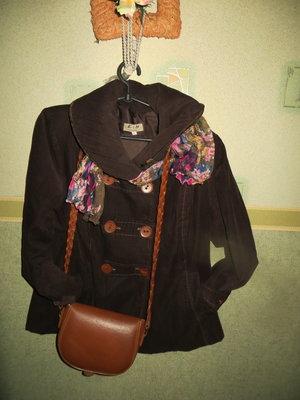 Эксклюзивная женская куртка . Оригинал.франция.