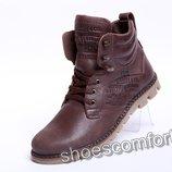 Качественные зимние кожаные ботинки Levi's Б 25-04