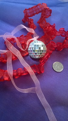 Новогоднее украшенее на Елку Зеркальный шарик можно на Подарок