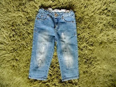стильные потертые джинсы 2-3 года