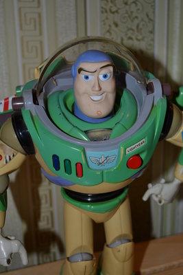 Говорящая игрушка коллекционная кукла робот Базз Лайтер Buzz Lightyear Disney,дисней