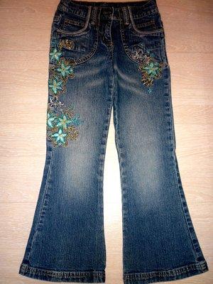 Красивенные джинсы с вышивкой