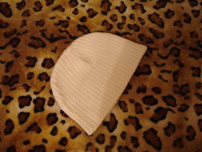 Фирменная утепленная шапка