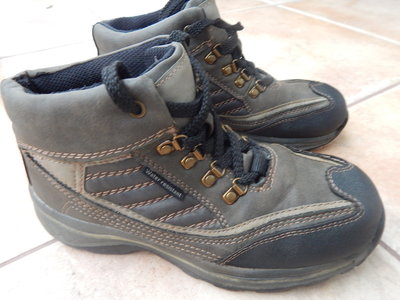 Ботинки Water resistant, р. 35, из Германии