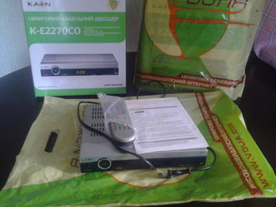 Цифровой кабельный декодер ресивер KAON K-E2270CO.