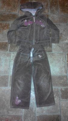 Велюровый костюм на 3-4 года Нехт