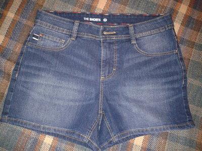 Джинсовые шортики, размер С-36, наш 42-44