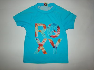 Спортивная футболка из бифлекса на девочку 7-8 лет