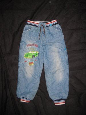 джинсы на меху на 5-6 лет, мальчику, турция