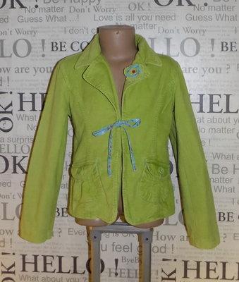 Классный пиджак на 7-8 лет,рост 134