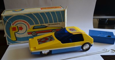 Игрушка Автомобиль Вираж Радиоуправляемый Новый 1988 год