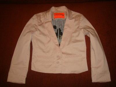 Очень модный пиджак Only One 36 размер, наш 42.