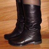 Распродажа Зимние женские сапоги без каблука
