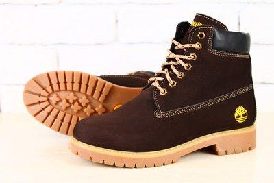 Женские ботинки Timberland коричневые нубук на меху