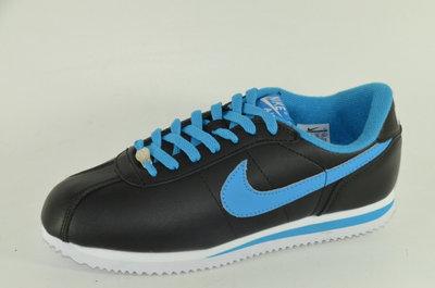 Кроссовки Nike. Качество Индонезия.два цвета.Р-36,37,38,39,40,41,