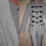 Куртка-Дафлкот теплая с капюшоном Новая 8-10 р.