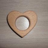 Грызунок из дерева - сердце. Прорезыватель