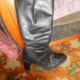 красивые,кожаные сапоги,размер 37-38