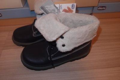 утепленные термо- ботинки Chicco 32 размер в наличии