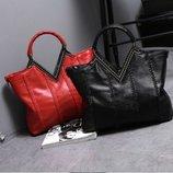 Кожаная сумка черная, красная и синяя