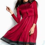 Красивое сдержанное платье